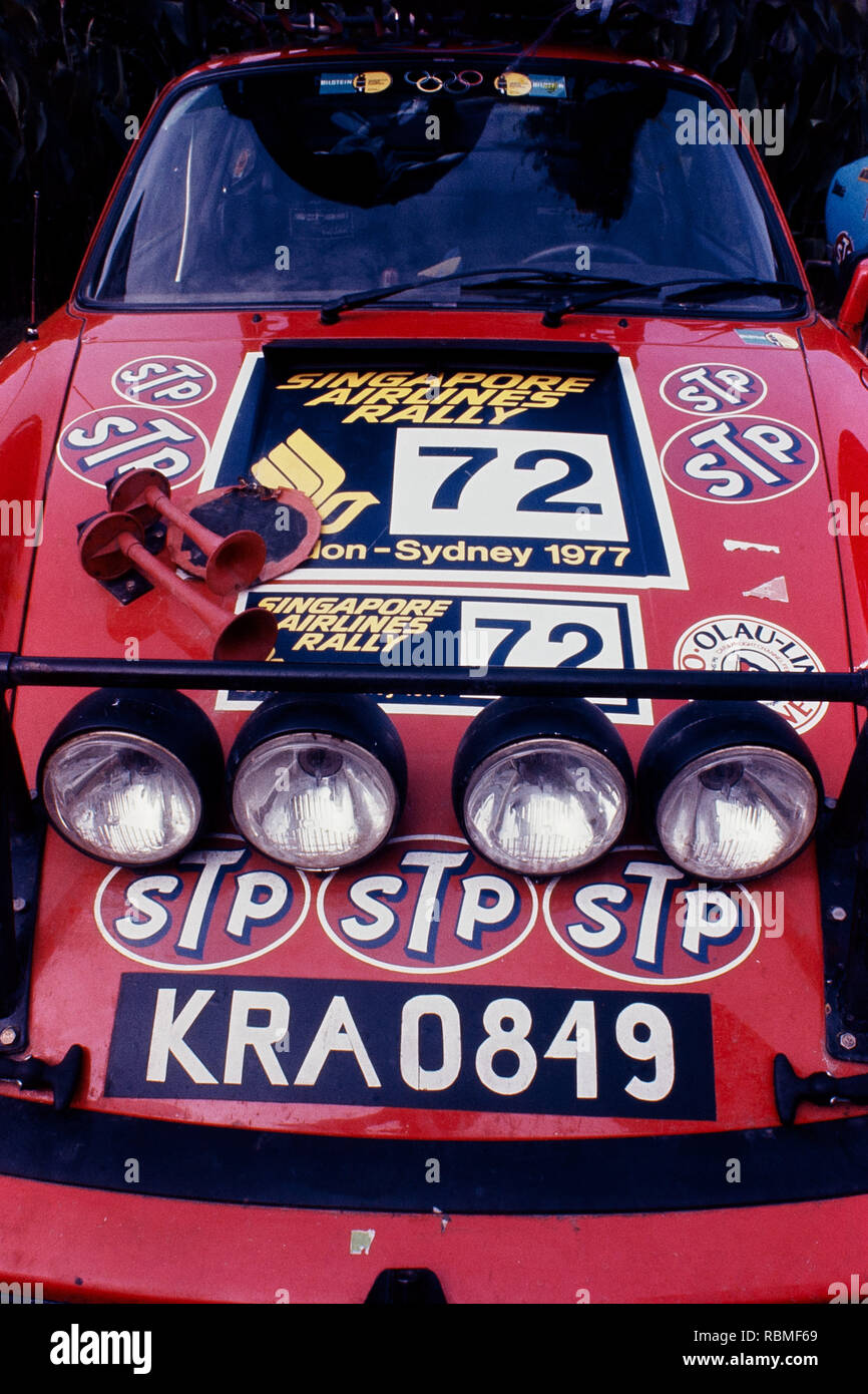 Auto in movimento sulla pista durante la London Rally di Sydney, Australia Immagini Stock