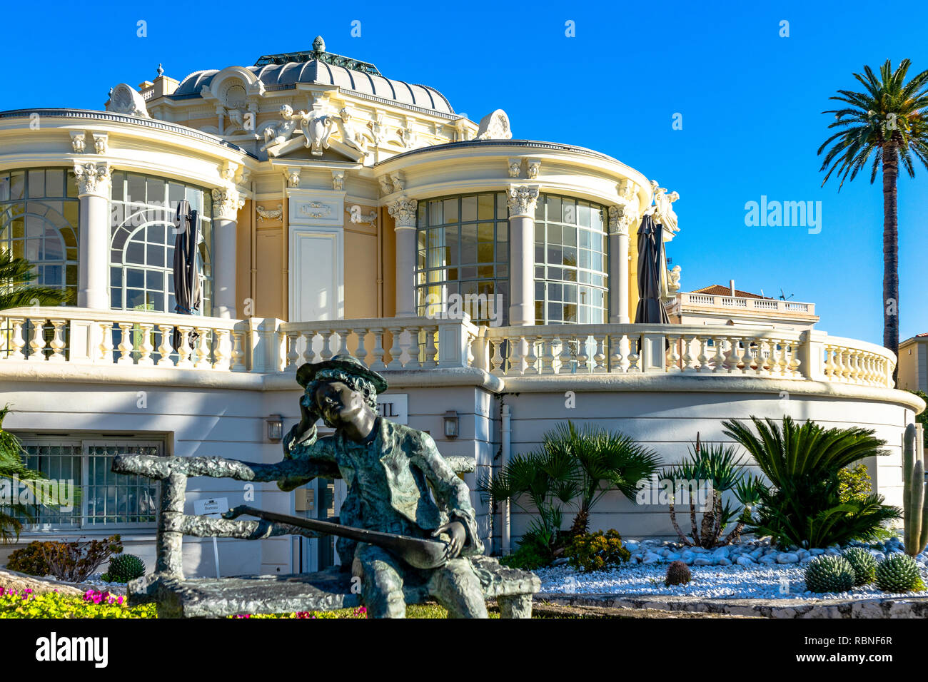 L'Europa. La Francia. Alpes-Maritimes (06). Beaulieu-sur-Mer. La Rotonde, c xix secolo Belle architettura di epoca Immagini Stock