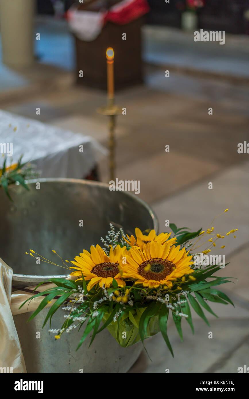 Girasoli Chiesa Per Matrimonio : Matrimonio di girasole immagini matrimonio di girasole fotos