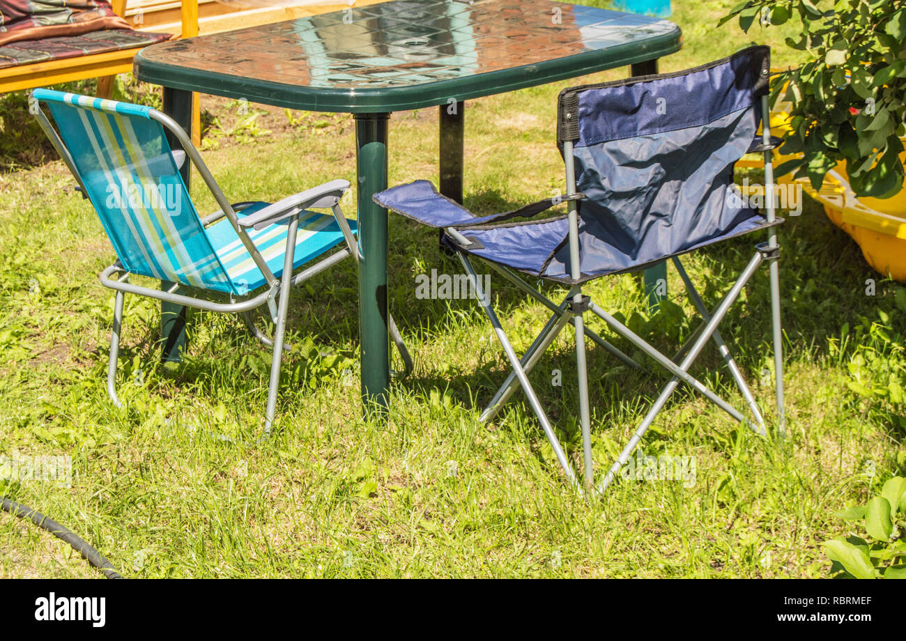 Tavolo E Sedie Campeggio.In Plastica Pieghevole Tavolo E Sedie Pieghevoli Per Il Campeggio