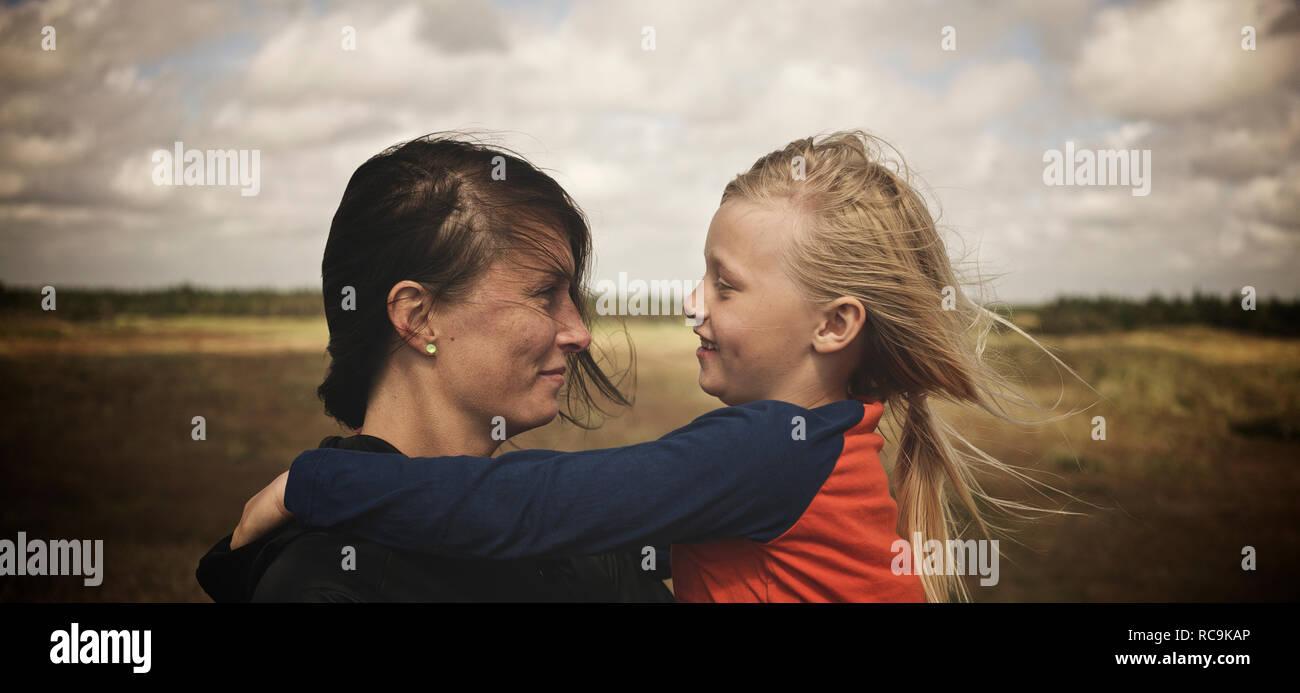 Madre e figlia insieme Immagini Stock