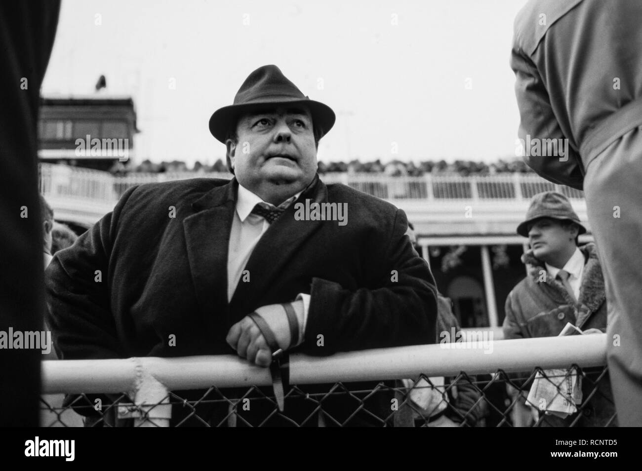 Grand National Aintree Immagini   Grand National Aintree Fotos Stock ... 0250d5257465