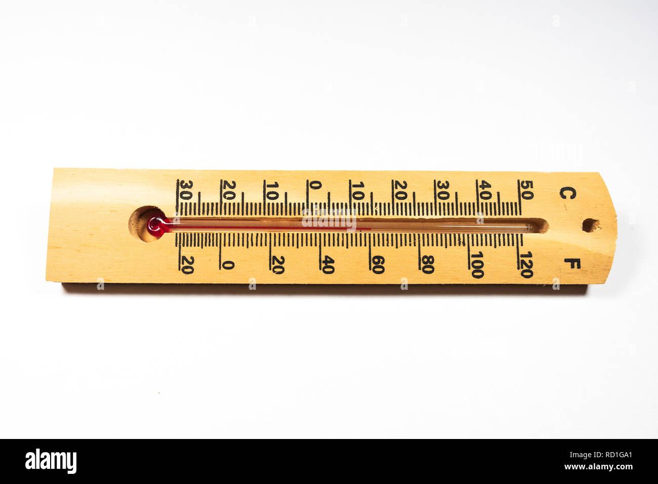 Termometro In Legno Su Sfondo Bianco Foto Immagine Stock