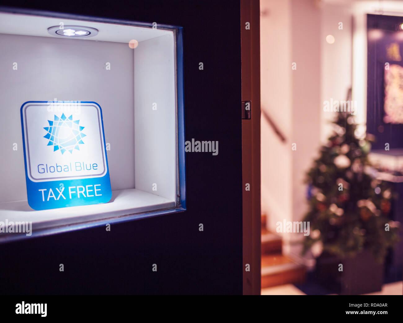 Global Blue Tax Free Immagini   Global Blue Tax Free Fotos Stock - Alamy 274089f055a