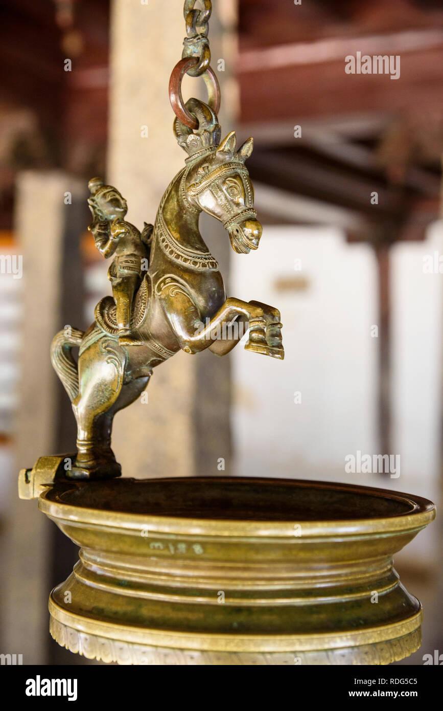Kuthira Vilakku, olio lampada, Padmanabhapuram Palace, Tamil Nadu, India Immagini Stock