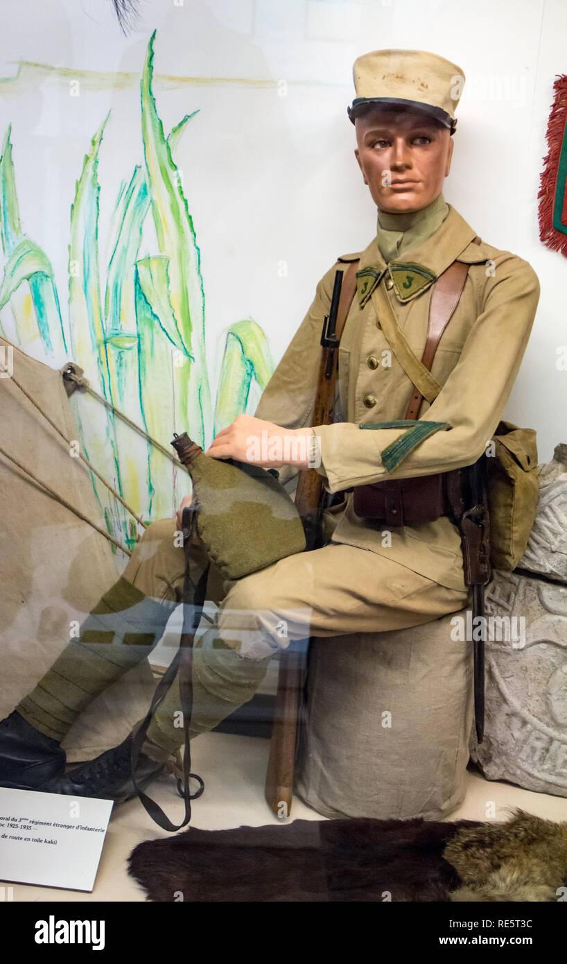 Istituzione des Invalides de la Legion Etrangère à Puyloubier : Caporale 3° battaglione di fanteria 1925-1935 Immagini Stock