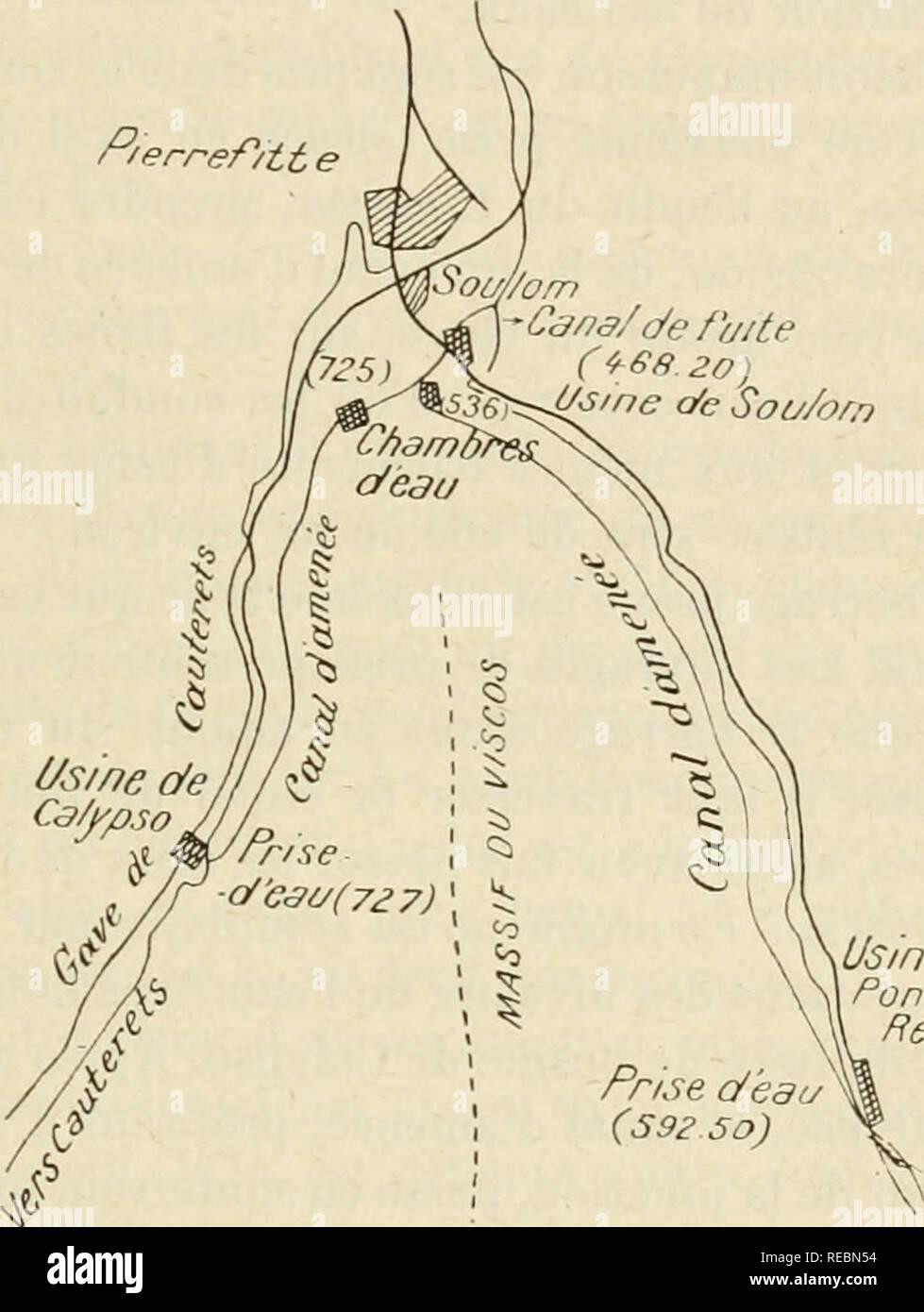 . Compte Rendu. La scienza; scienza -- Congressi. EYDOUX, ÃIECTRIFICATION DU RÃSEAU PYRÃNÃEN. P/erref/it e fitte-PIERREFITTE NESTALAS, se bifurque près de cette dernière localité en deux autres vallées, la vallée de Luz ou du Gave de Pau proprement dit à l'Est et la vallée de Caiiterets à l'Ouest {voir croquis annexé). Ces deux vallées sont desservies par les lignes d'intérêt local à voie de i m et à la trazione électrique de Pierrefitte à Cauterets. Elles sont séparées par onu massif montagneux dont Le dernier sommet caractéristique vers le Nord, où disparaît cette arête, s'appelle le pic de V Foto Stock