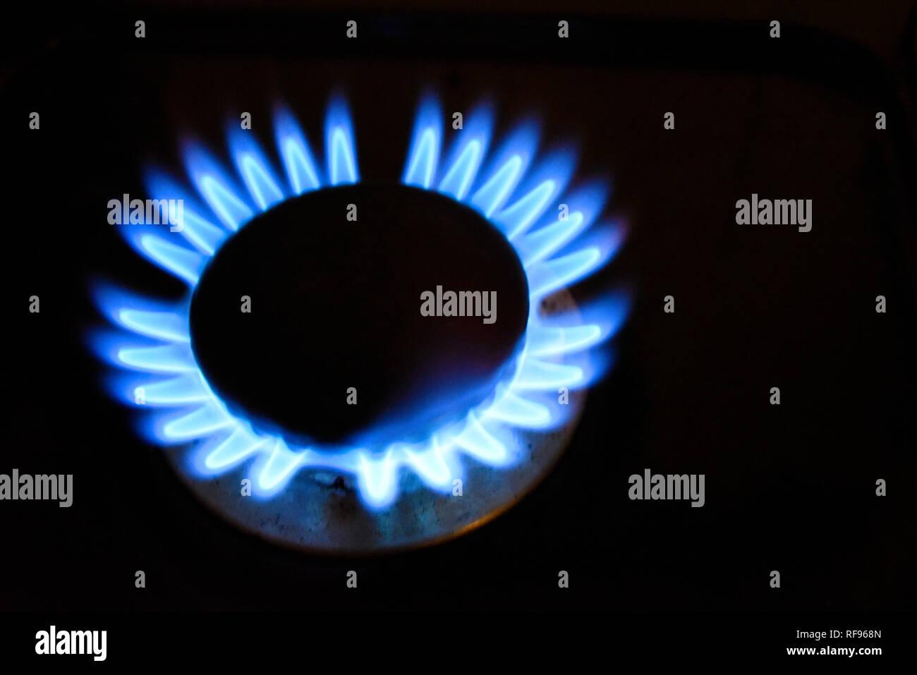 Piano Di Cottura A Gas Fiamma Fiamma Blu Da Un Gas Alimentato Di