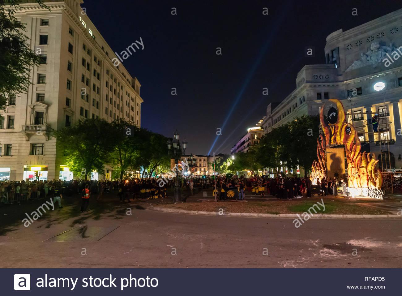 Punto di partenza per la merce Correfoc festival in Bracelona, Spagna, 2018 Immagini Stock