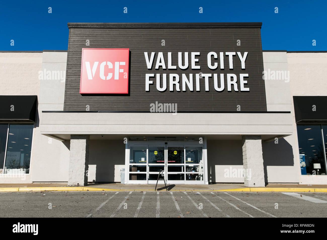 Un segno del logo al di fuori di un valore città mobili store di Woodbridge, Virginia, il 21 gennaio 2019. Immagini Stock
