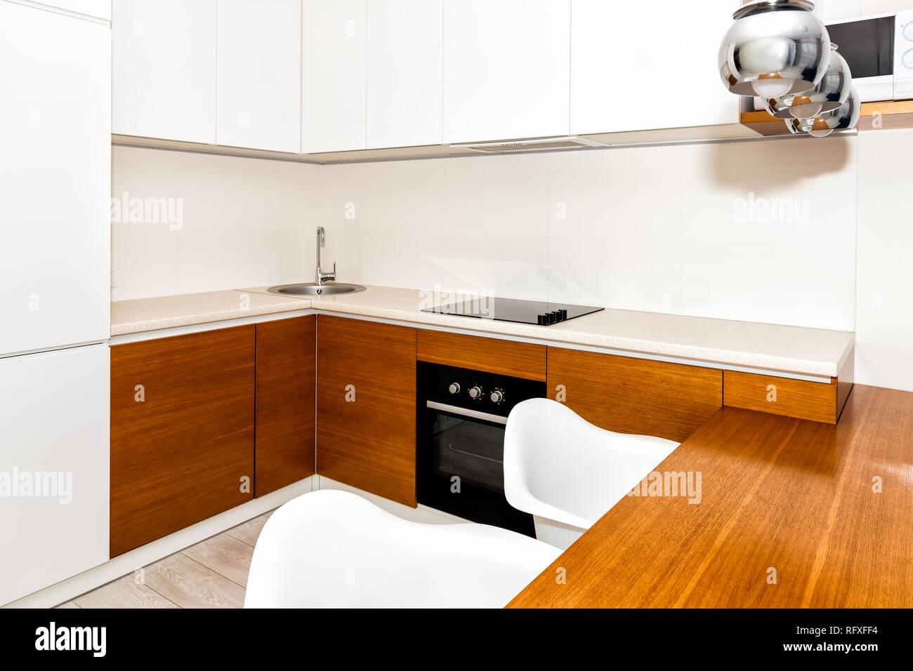 Moderne in legno bianco arancione caratteristiche cucina armadi in