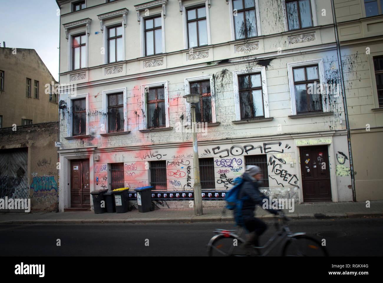 La Casa del Movimento Identitarian, Halle (Saale) è un centro residenziale e progetto della destra movimento di identità in Adam-Kuckhoff-Straße, Immagini Stock