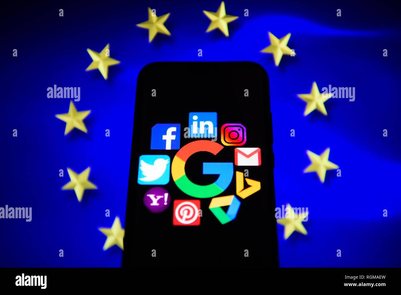 Cracovia In Polonia 30 Gen 2019 Social Media Logo Sono Visti Da