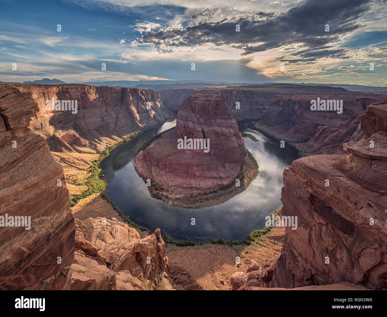 Stati Uniti d'America, Arizona, pagina, il Fiume Colorado, Glen Canyon National Recreation Area, piegare a ferro di cavallo Immagini Stock