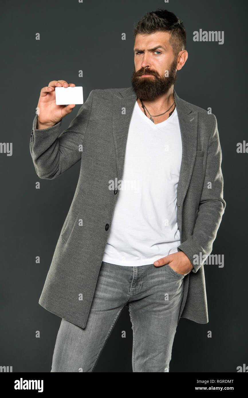 online retailer d6df8 d2f13 Uomo brutale con hipster barba. Uomo Barbuto. Maschio moda ...