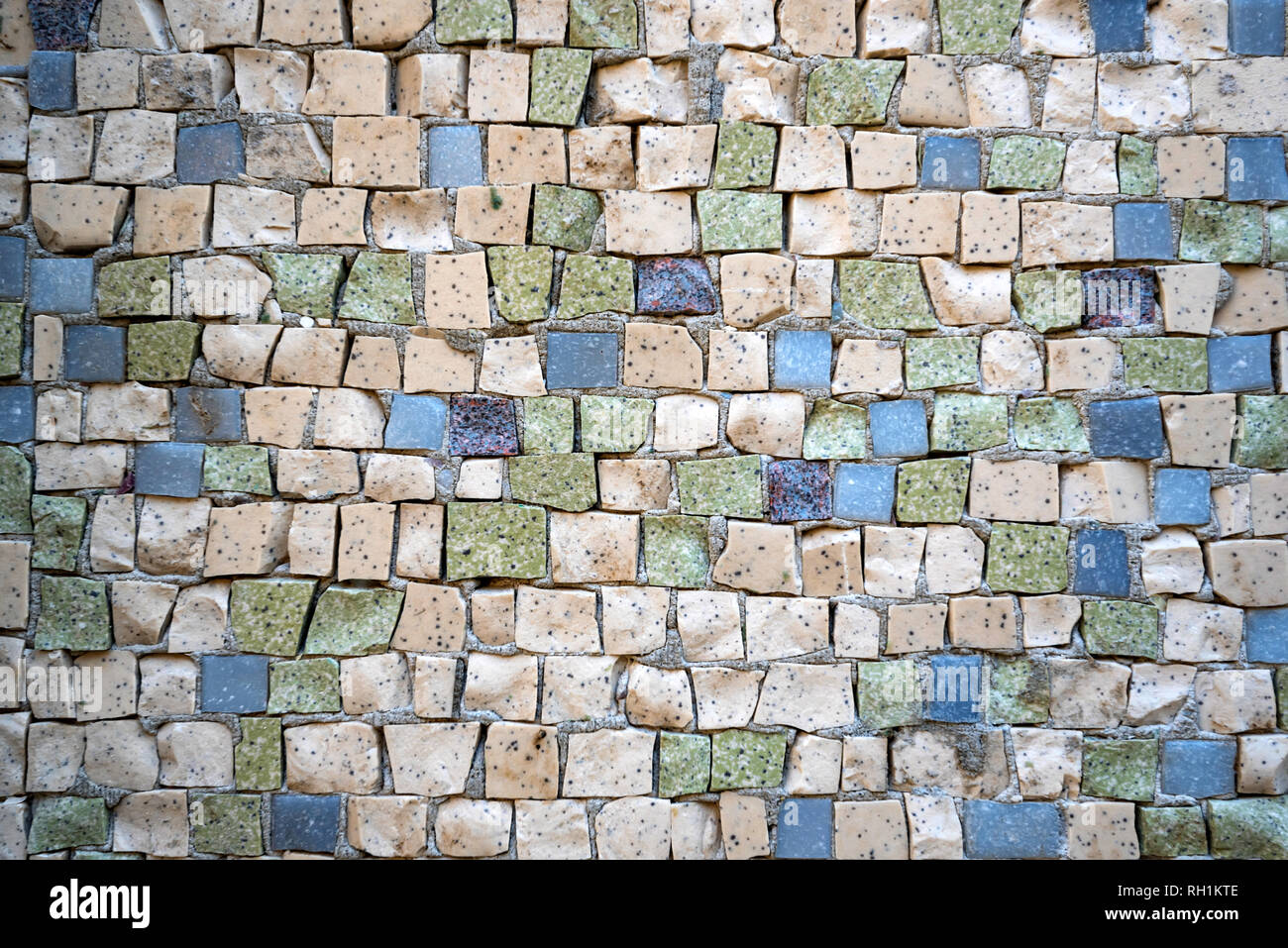 Close up piastrelle colorate in pietra texture a parete foto