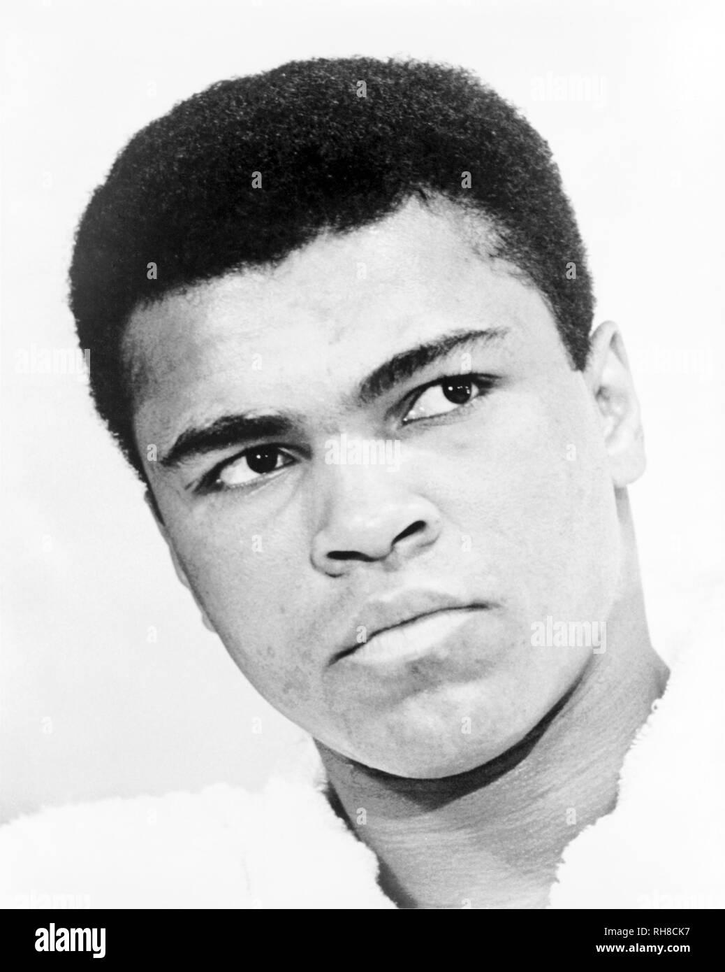 MUHAMMAD ALI - Cassio - argilla (1942-2016. Boxer americano nel 1967. Immagini Stock