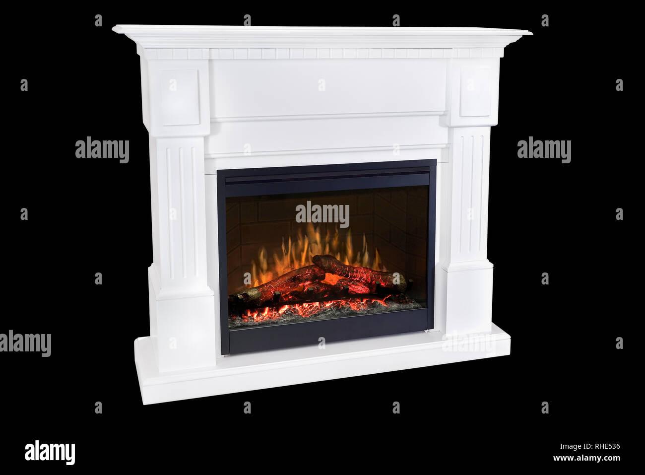 Camino Classico Bianco : Bianco bruciando legno camino con fiamme ruggenti classico ed