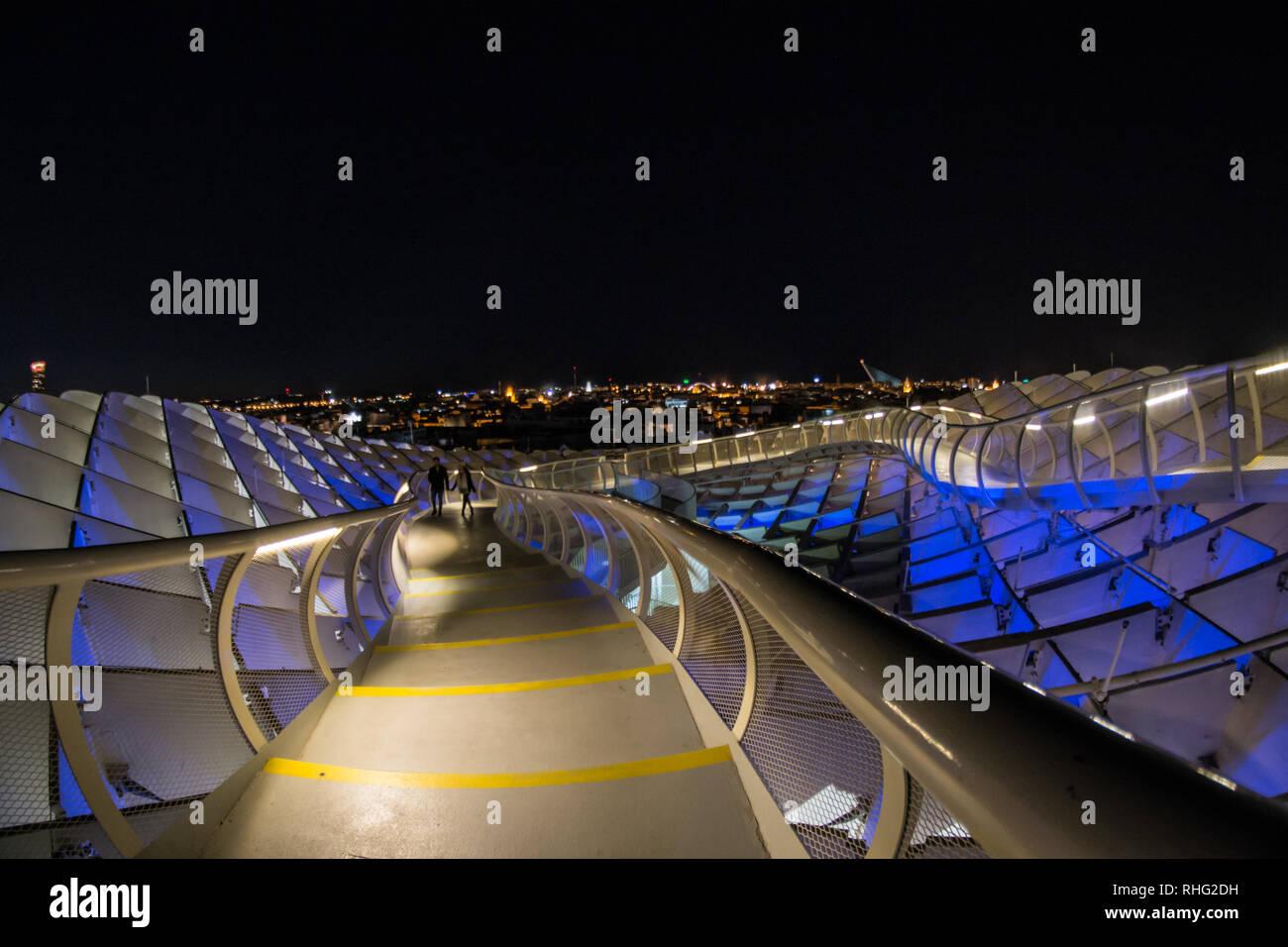Metropol Parasol di notte, Siviglia, Spagna, Febbraio 2019 Immagini Stock