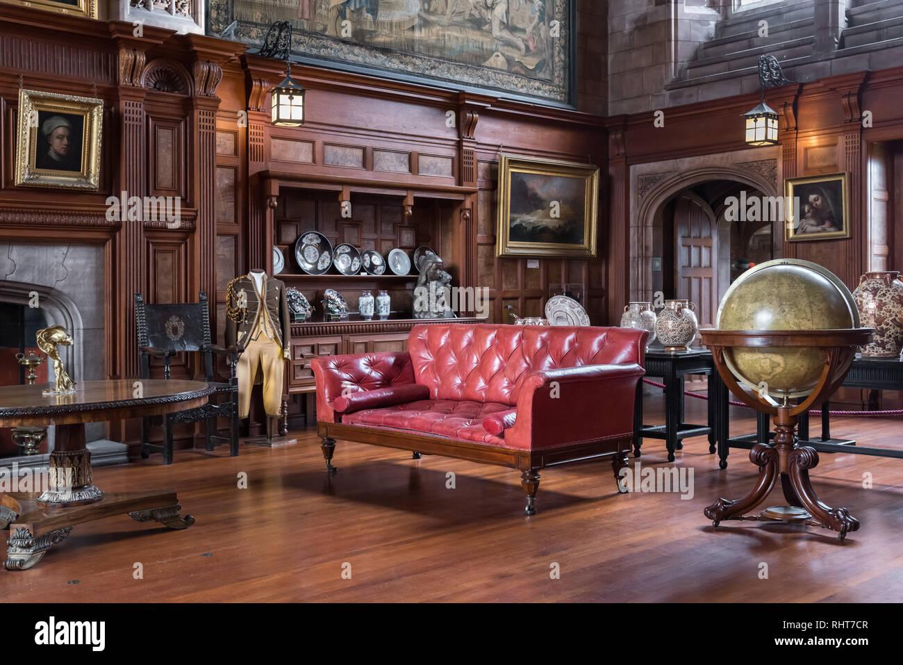 Sala a Croce, Bamburgh Castle, Northumberland, Regno Unito Foto Stock