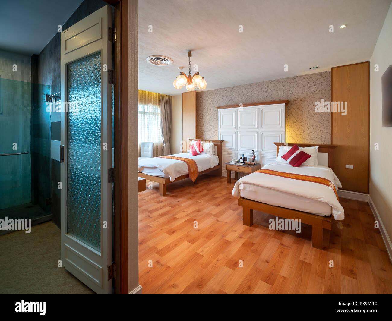 Bagno Aperto In Camera : Camera luxury con letti singoli e bagno aperto nel resort in