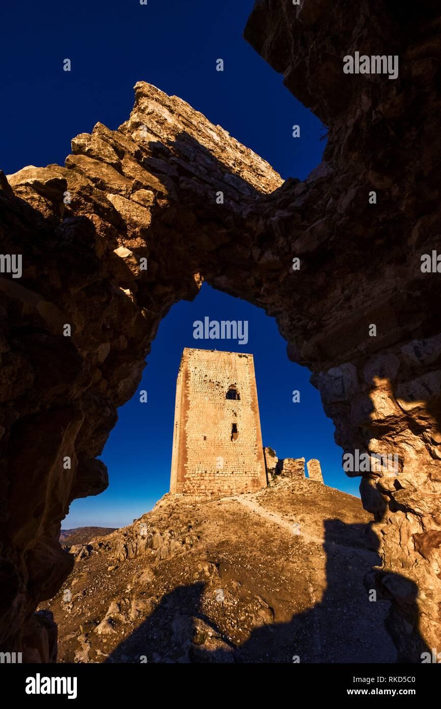 Spagna, Andalusia, provincia di Malaga, castello moresco di La Estrella a Teba. Immagini Stock