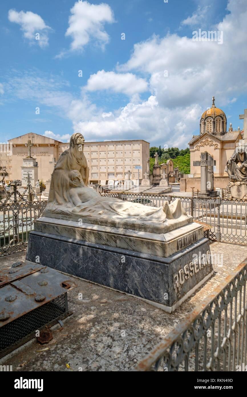 Pietat, tumba de la familia Rosselló, Miquel Arcas, Cementerio Municipal de Palma di Maiorca, isole Baleari, Spagna. Foto Stock