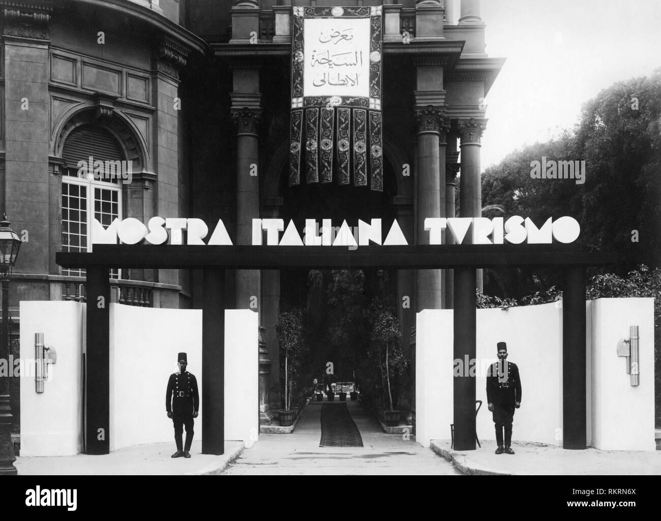 Mostra italiana del turismo, il Cairo, Egitto, africa 1920 1930 Immagini Stock