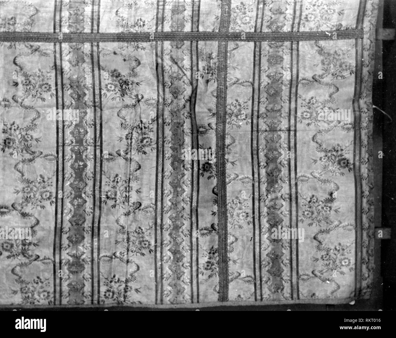 Pannello - 1780/90 - Francia - Provenienza: Francia, Data: 1780-1790, dimensioni: 259 × 104,2 cm (102 × 41 in). Immagini Stock