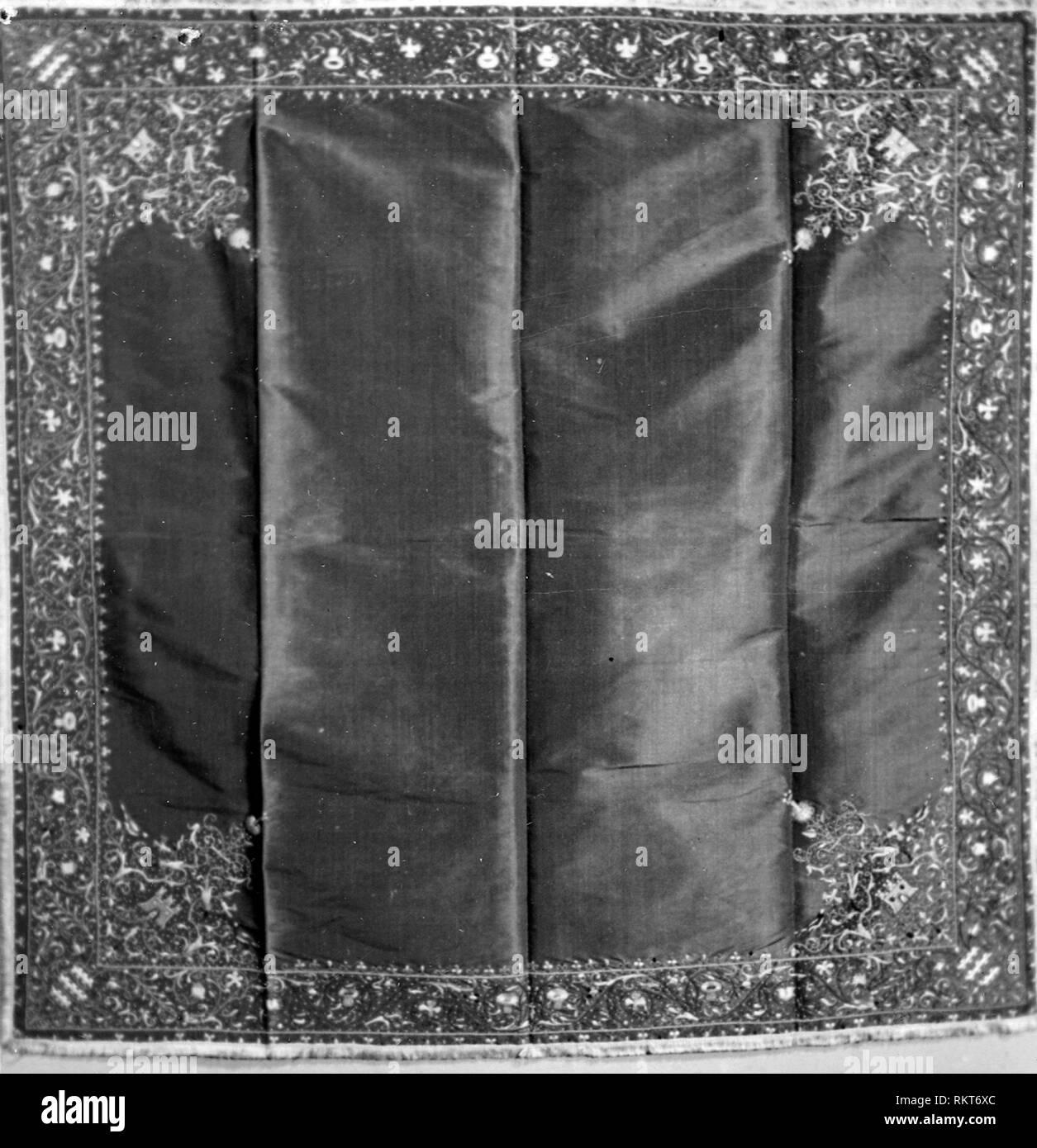Tabella coperchio - XVI secolo - Italia - Provenienza: ITALIA, DATA: 1501-1600, dimensioni: 104,2 x 104,2 cm (41 x 41 in.) Immagini Stock