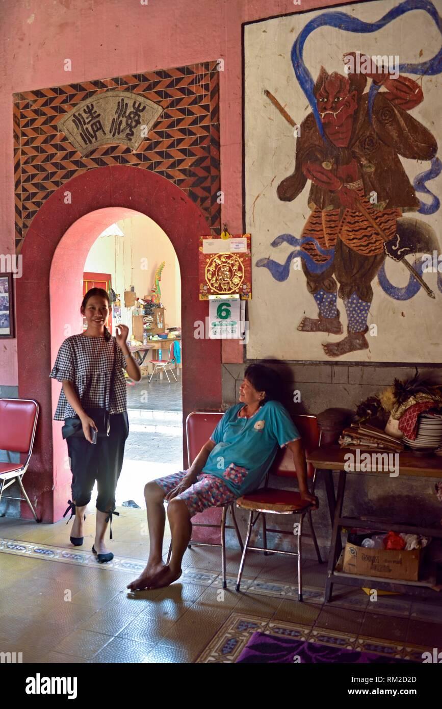 Cu Kiong un tempio Cinese, Lasem, isola di Giava, in Indonesia, sud-est asiatico. Immagini Stock