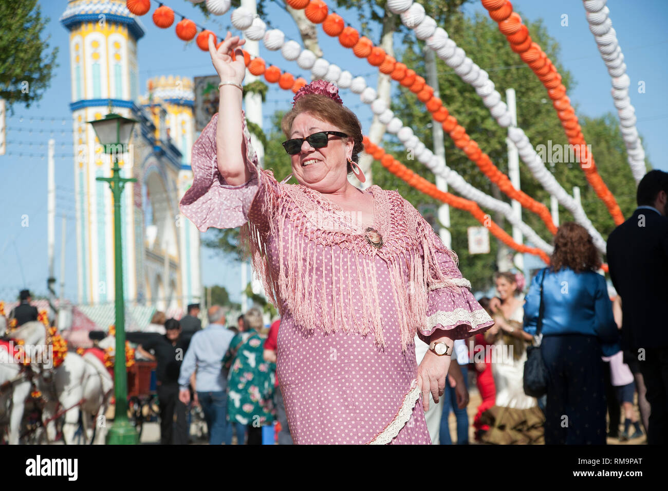 """Spagna, Siviglia: """"Feria de Aprile', la fiera di aprile, Siviglia è il più importante festival oltre la Semana Santa, la settimana di Pasqua. Un intero neighbou Foto Stock"""