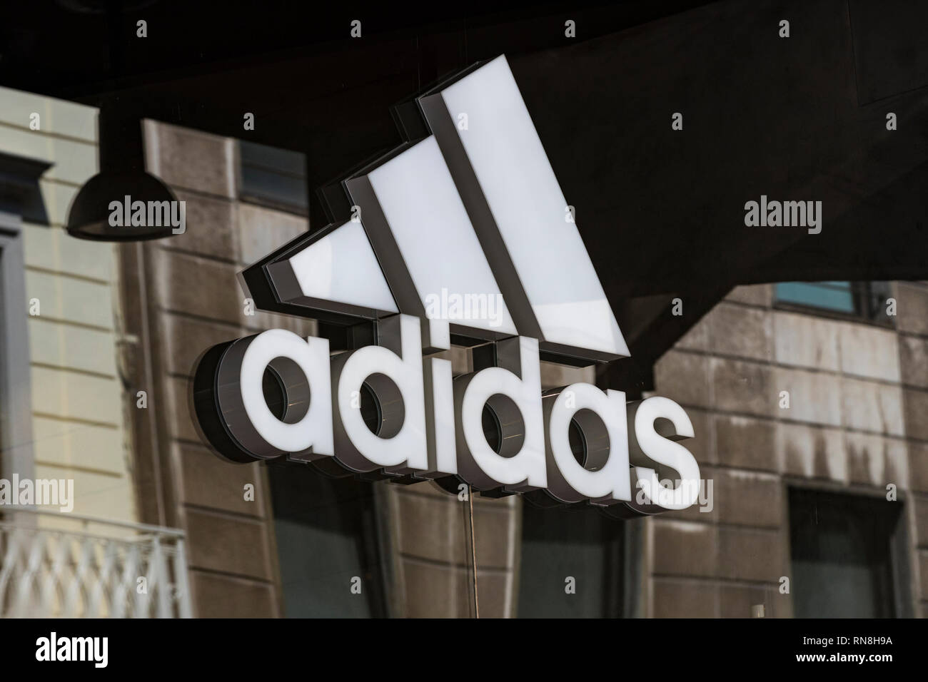 adidas negozi in italia