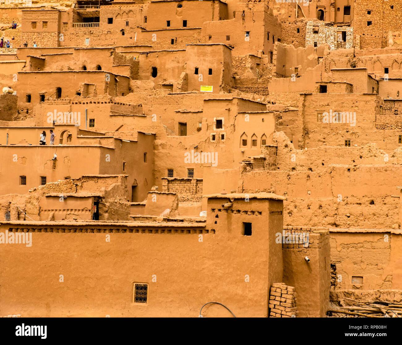 Vista incredibile della Kasbah Ait Ben Haddou vicino a Ouarzazate in Atlante del Marocco. Patrimonio mondiale dell UNESCO Foto Stock