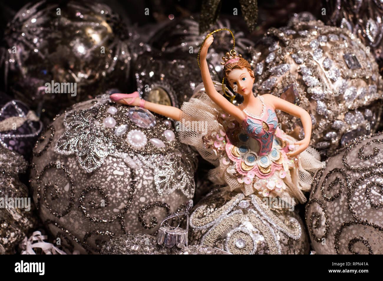 Decorazioni Natalizie Ballerine.Ballerina Decorazioni Natalizie Il Tutto In Un Colore E Sfondo