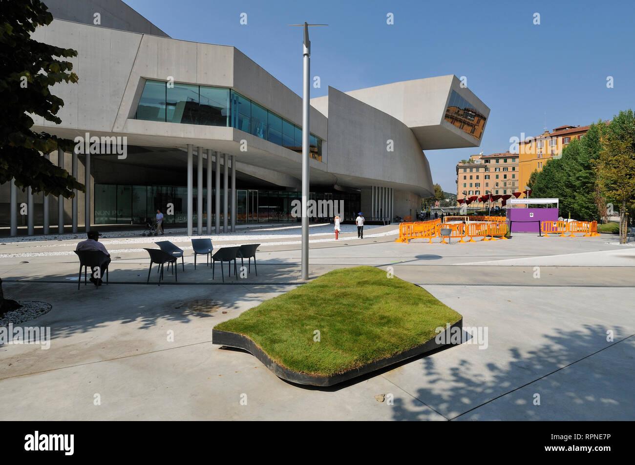 Roma. L'Italia. Il MAXXI Museo Nazionale della arti del XXI secolo (Museo nazionale delle arti del XXI secolo), progettato da Zaha Hadid, aperto 2010. Immagini Stock