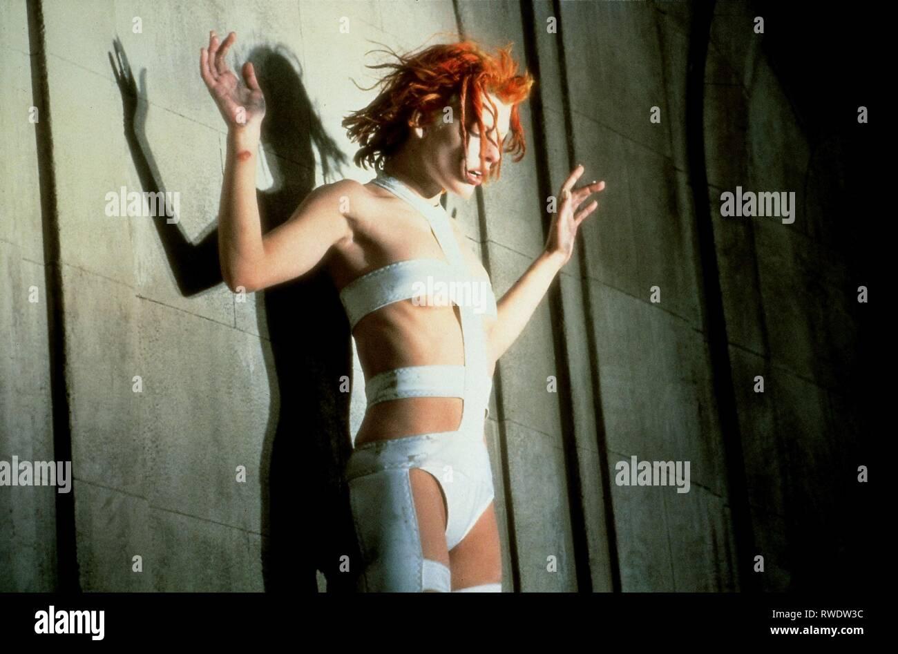 MILLA JOVOVICH, il quinto elemento, 1997 Immagini Stock