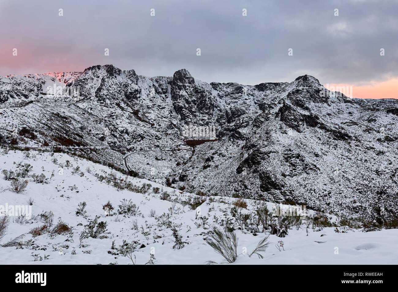 La Serra da Estrela, Cântaros e Covão d'Ametade, Portogallo Immagini Stock
