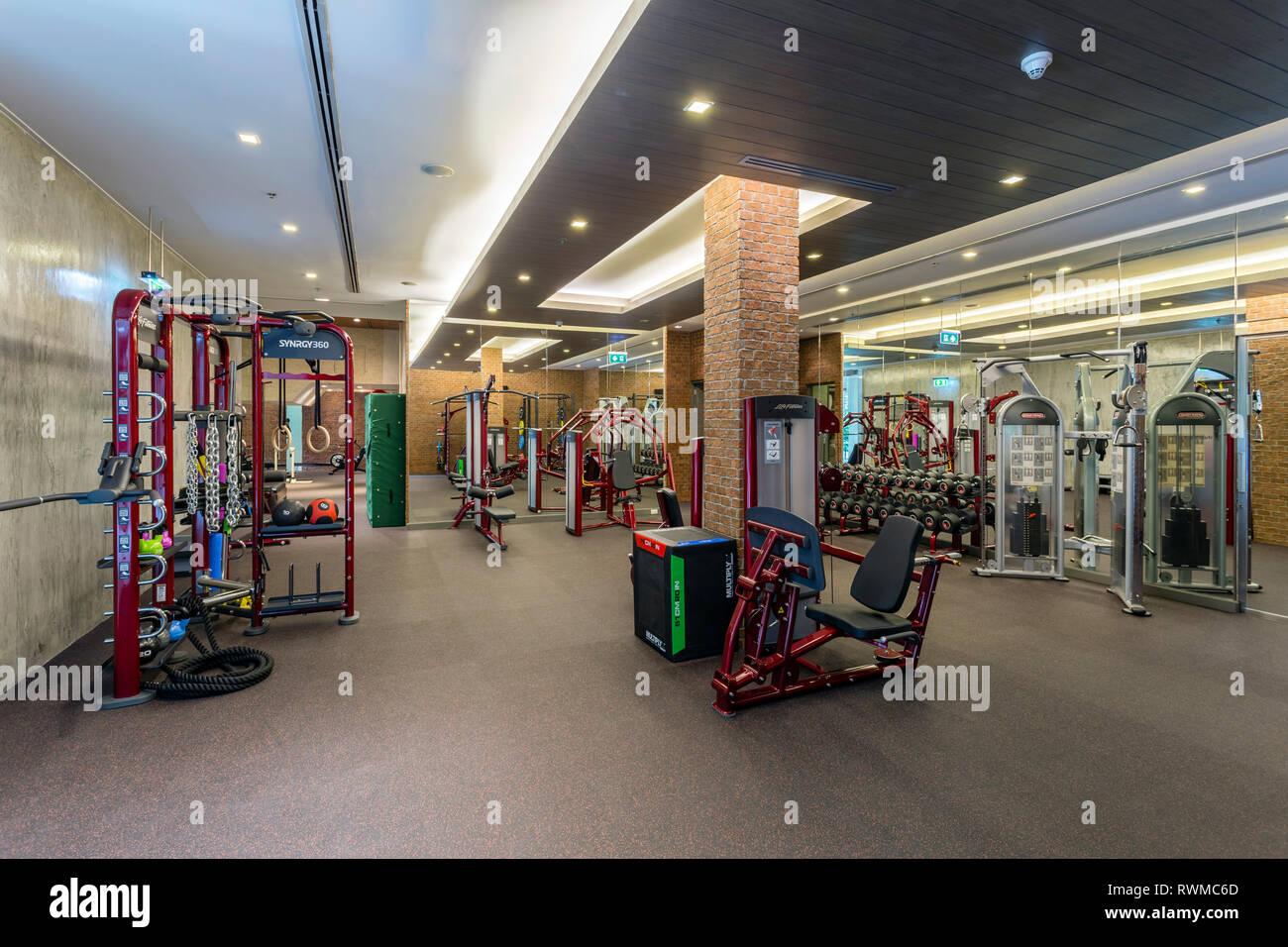 Centro fitness e club salute nel resort di lusso hotel Renaissance Phuket Resort & Spa in Thailandia. Immagini Stock