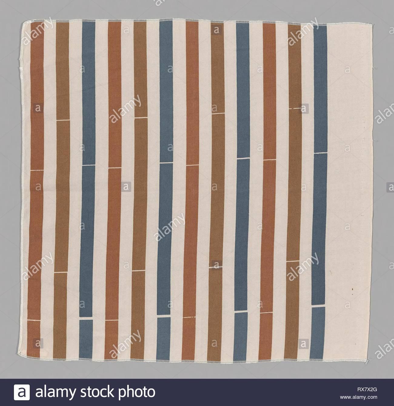 Interna (Tessuti per Arredamento). Progettato da Ben Rose (American, 1916-2004); prodotto da Ben Rose, Inc.; Stati Uniti Illinois, Chicago. Data: 1973. Dimensioni: 67,5 × 68,9 cm (26 5/8 × 27 1/8 in.) di filo di trama ripetere: 17,8 cm (7 in.). Poliestere, ad armatura a tela; serigrafato. Origine: Chicago. Museo: Chicago Art Institute. Immagini Stock
