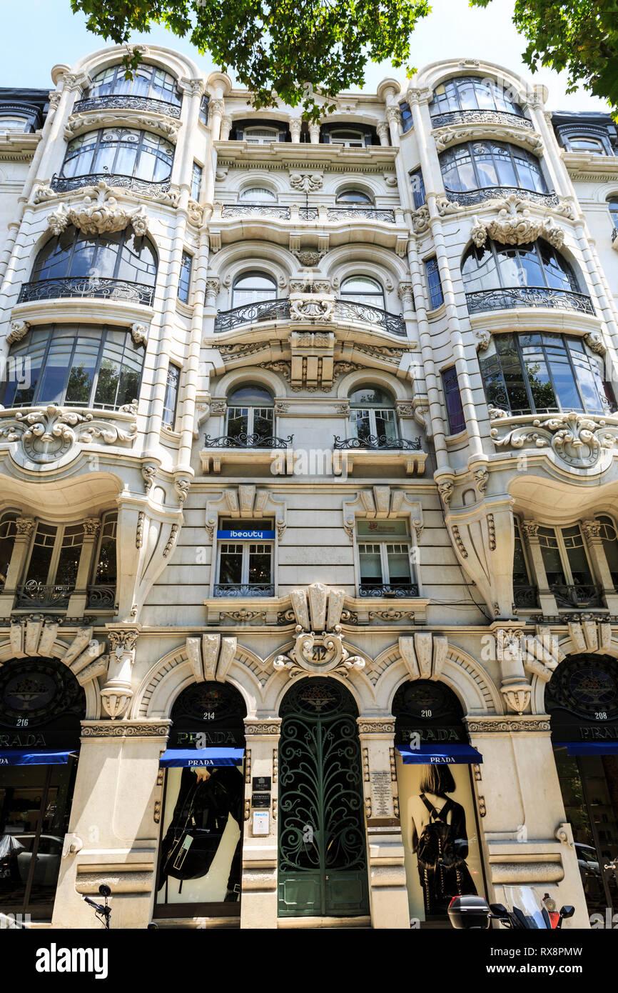 Elegante albergo residenziale di importanti composizione architettonica e opulenza decorativo situato in Avenida da Liberdade, un primo settore immobiliare Immagini Stock