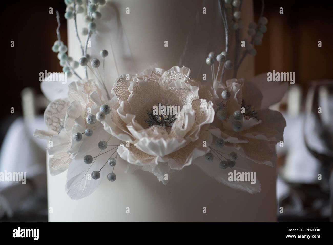 Matrimonio Tema Inverno : Un inverno a tema gotico decorato da fiaba di tabella per un
