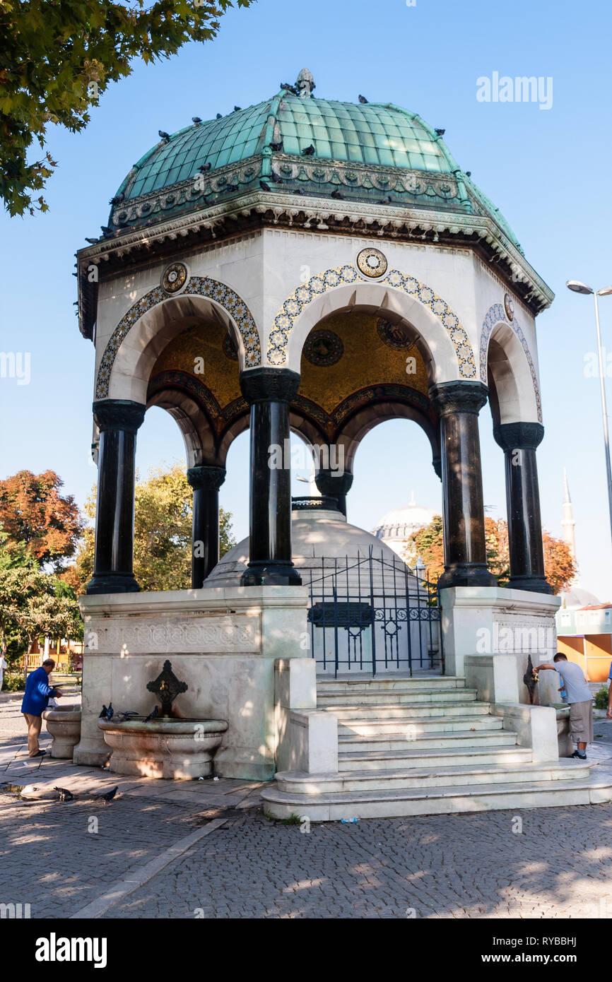 Il tedesco della fontana, Piazza Sultanahmet, Istanbul Foto Stock