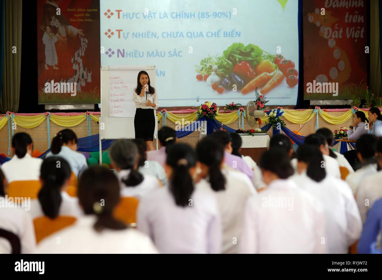 Comunità Domenicana di Bien Hoa. Suore cattoliche. Conferenza sulla nutrizione. Il Vietnam. Immagini Stock