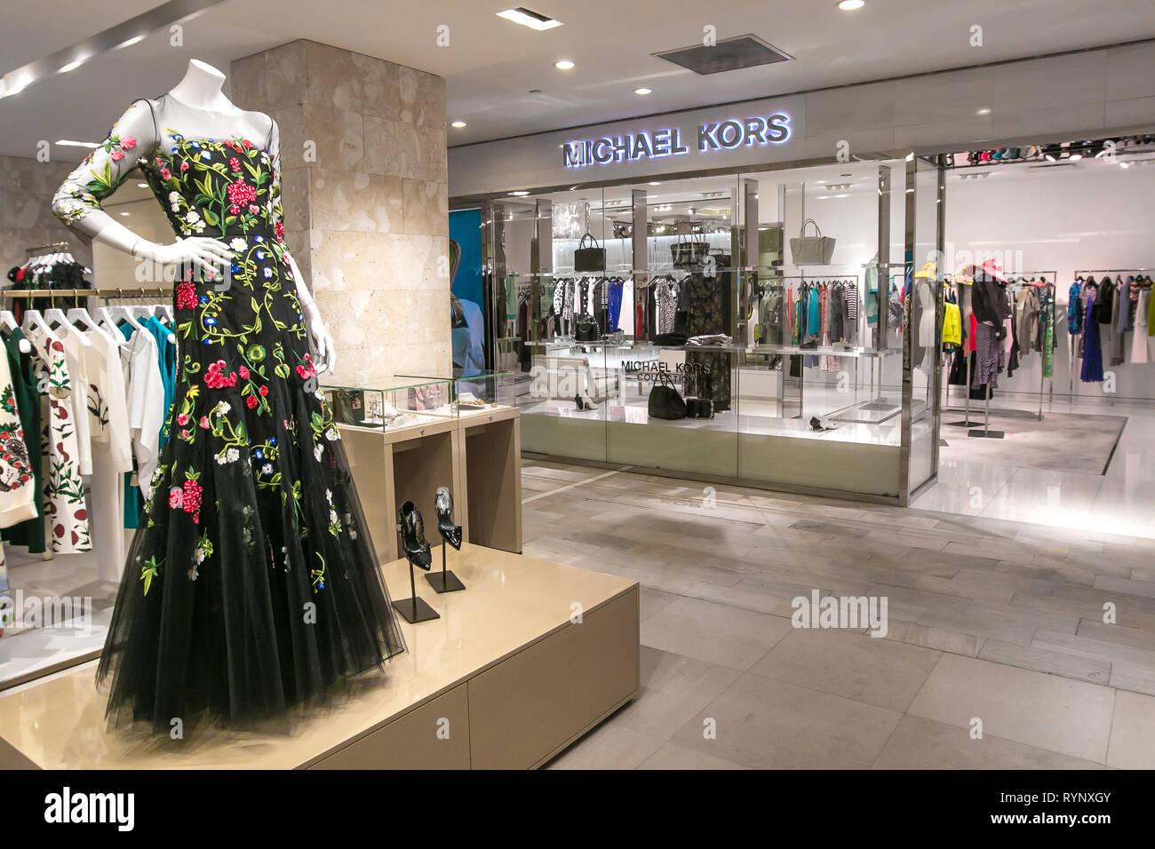 d63f07585a Designer Michael Kors Immagini & Designer Michael Kors Fotos Stock ...