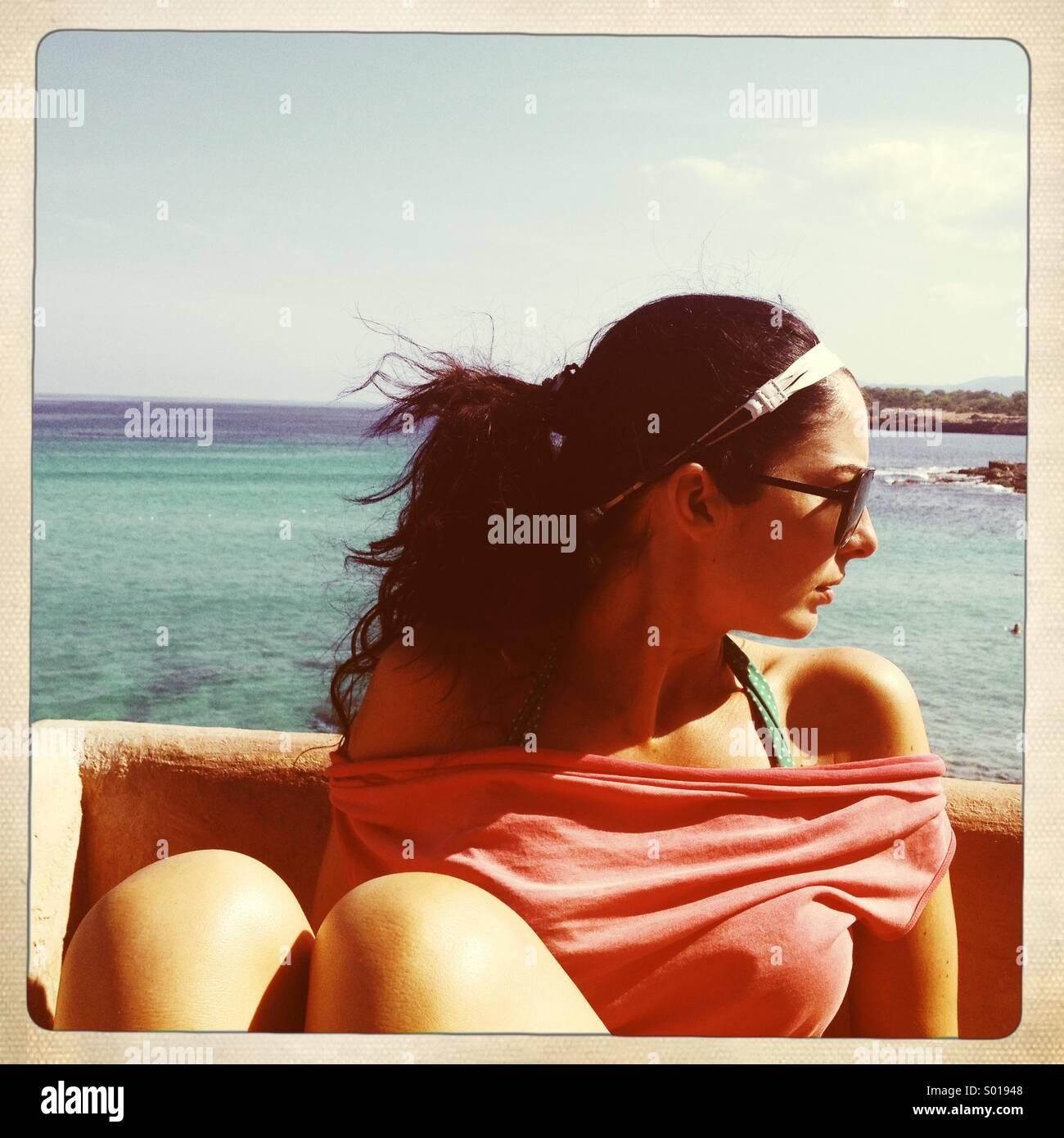 Ibiza. Guardando al mare. Immagini Stock