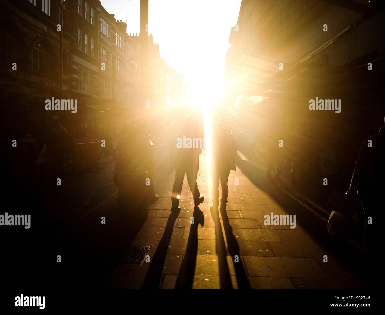 Una forte luce solare in Londra Immagini Stock