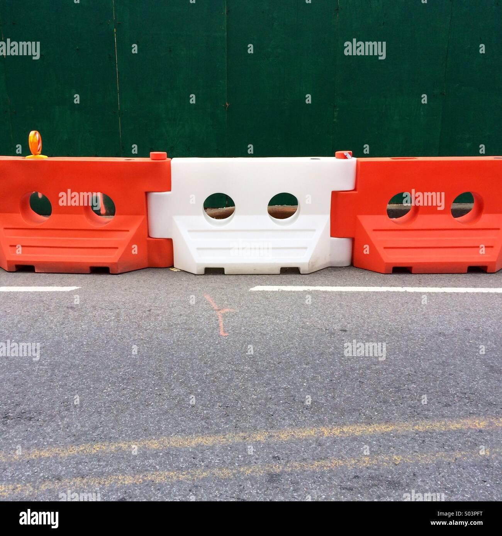 New York street riparare riempiti di acqua recinzione in plastica Immagini Stock