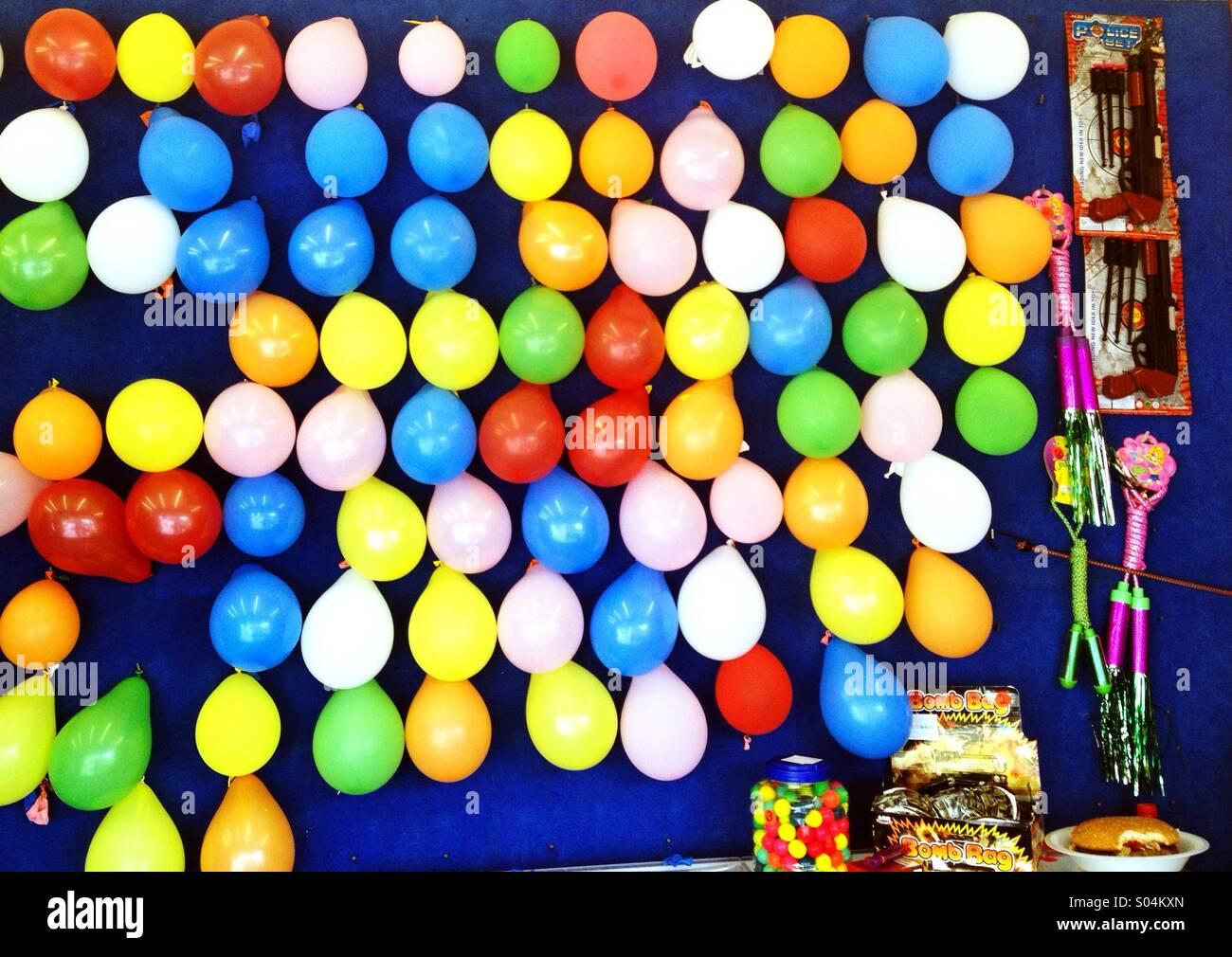 Palloncini alla fiera Foto Stock