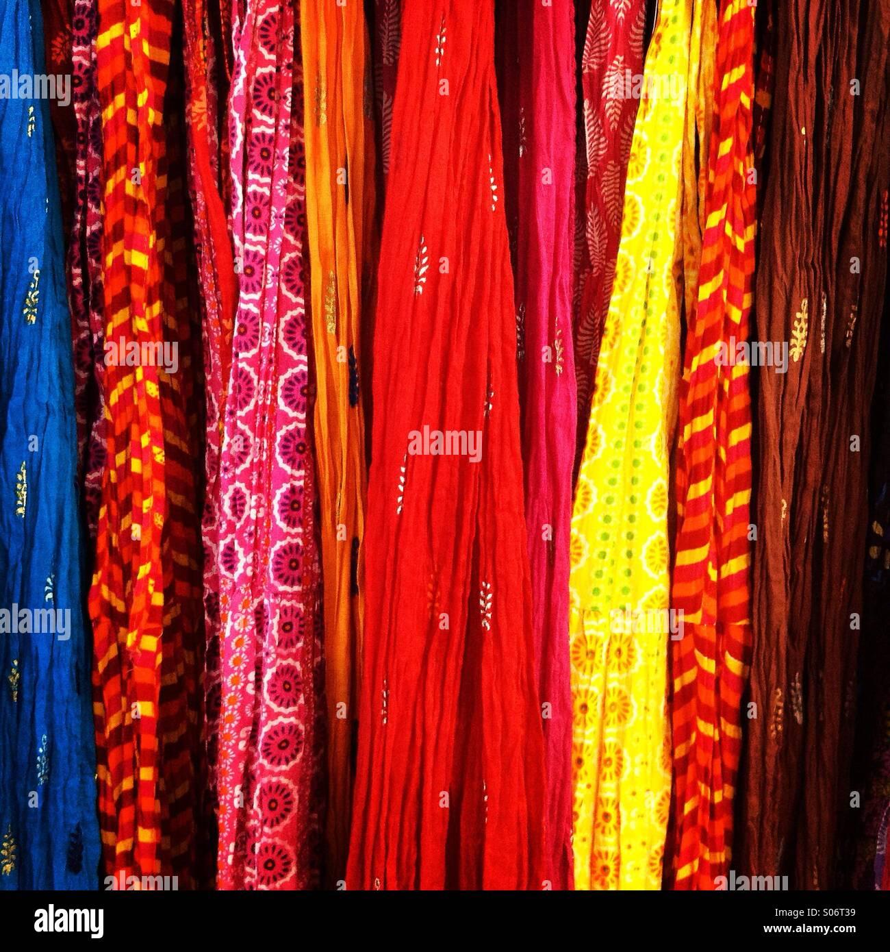 Abbigliamento colorato Foto Stock